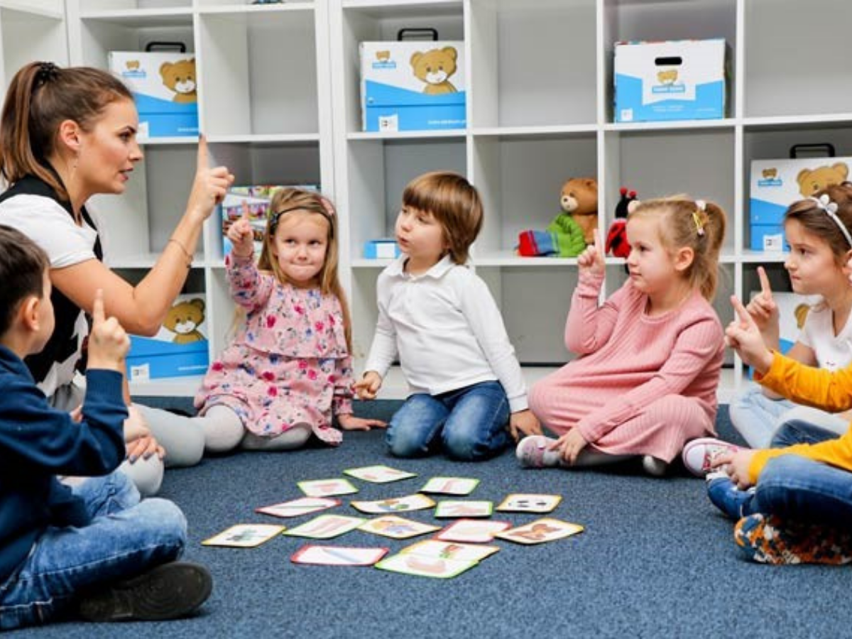 Angličtinu sa deti najľahšie učia do 7 rokov. Nezmeškajte to!